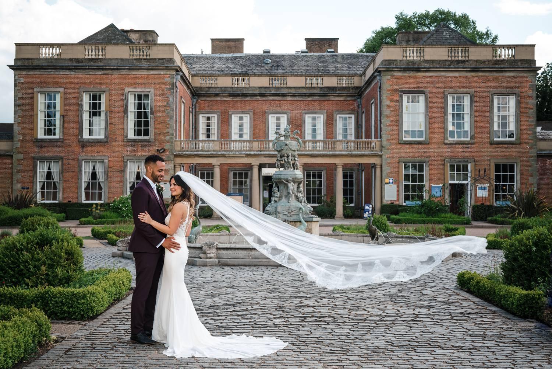 Bride & Groom outside Colwick Hall