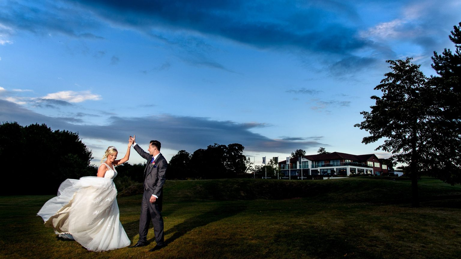 Bride & groom wedding photo at The Nottinghamshire Golf & Country Club